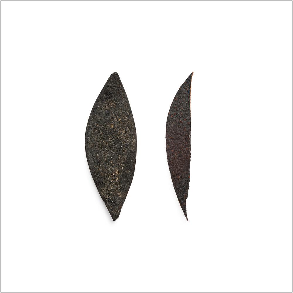 Involuntary-Pairs-liina-klauss-rubber—avocado-peel—liinaklauss