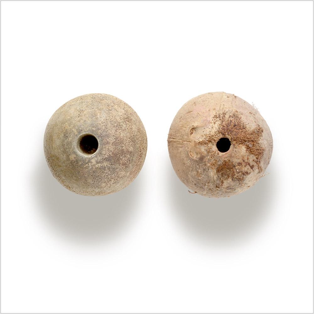 Involuntary-Pairs-liina-klauss-02-involuntarypairs-liinaklauss-buoy-coconut—