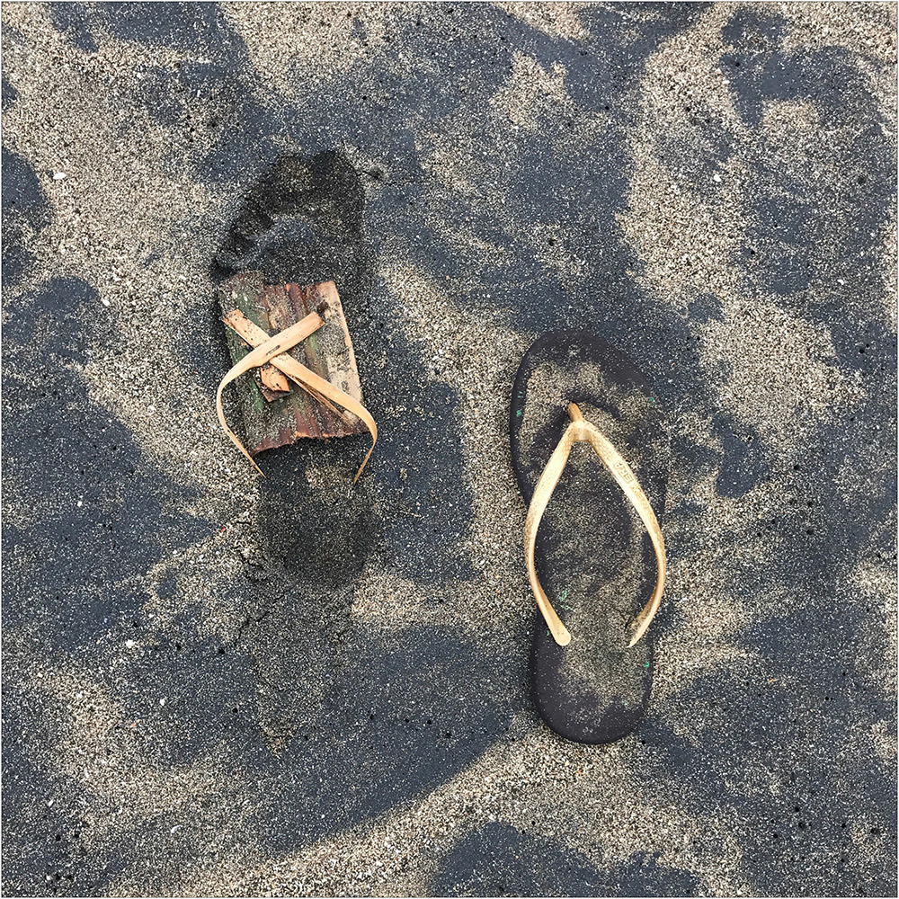 Involuntary-Pairs-liina-klauss-w-footprint—flipflop—liina-klauss