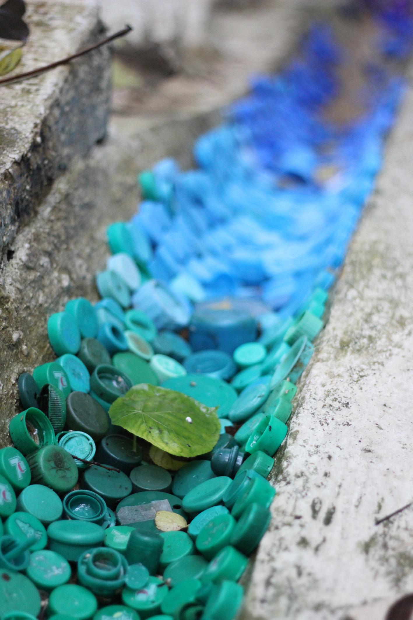 liina-kauss-bottle caps